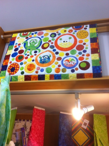 "Phillippa Zapf created this monster quilt from the ""Don't Look Now"" Pattern out of Melbourne Australia"